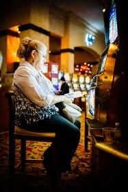 The slot stare.